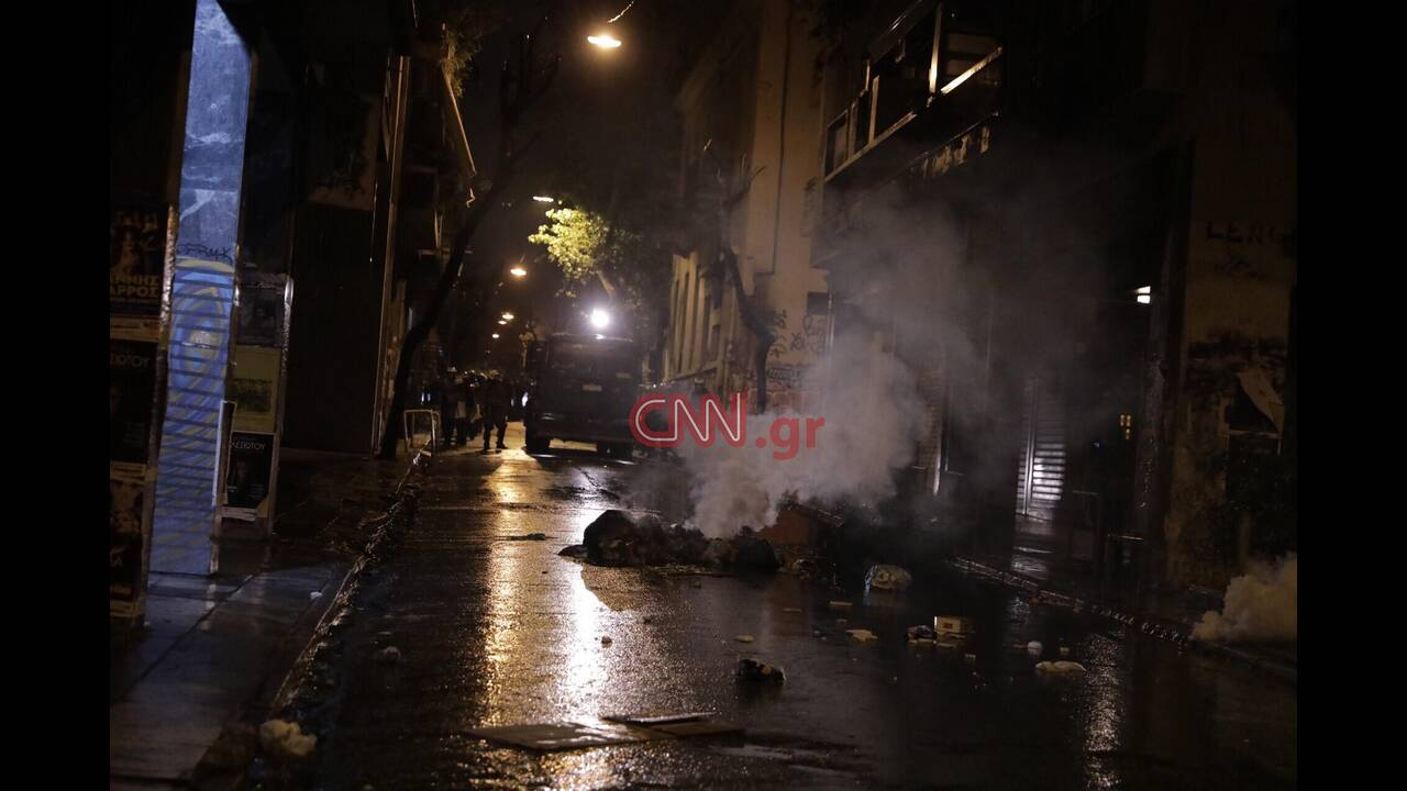https://cdn.cnngreece.gr/media/news/2019/12/06/199815/photos/snapshot/d.jpg