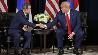 Τραμπ και Μουν συμφώνησαν να συνεχιστεί η διαπραγμάτευση με τη Β. Κορέα για την αποπυρηνικοποίηση