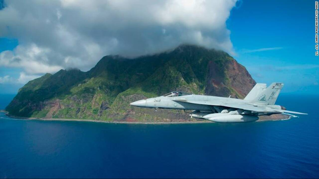 https://cdn.cnngreece.gr/media/news/2019/12/07/199882/photos/snapshot/191205144745-iwo-jima-us-navy-f-a-18-exlarge-169.jpeg