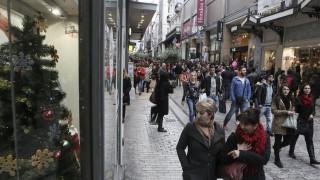 Εορταστικό ωράριο: Πότε ξεκινάει - Ποιες Κυριακές θα είναι ανοιχτά τα εμπορικά καταστήματα
