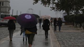 Καιρός: Άστατος με βροχές σήμερα