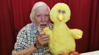 Πέθανε ο Κάρολ Σπίνεϊ, ο γνωστός μαριονοπαίχτης του Sesame Street