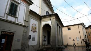 Συγκλονιστικές εικόνες από το σεισμό που «χτύπησε» την Ιταλία