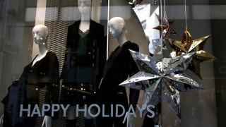 Εορταστικό ωράριο: Ξεκινάει την Πέμπτη - Ποιες Κυριακές θα είναι ανοιχτά τα μαγαζιά