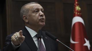 Απειλές Ερντογάν: Θα πληρώσετε το τίμημα της απέλασης του Λίβυου πρέσβη