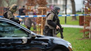 Οι πρώτες εικόνες από το σημείο των πυροβολισμών στην Τσεχία