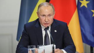 Για δεύτερη Σρεμπρένιτσα προειδοποιεί ο Πούτιν αν δεν δοθεί αμνηστία για την ανατολική Ουκρανία