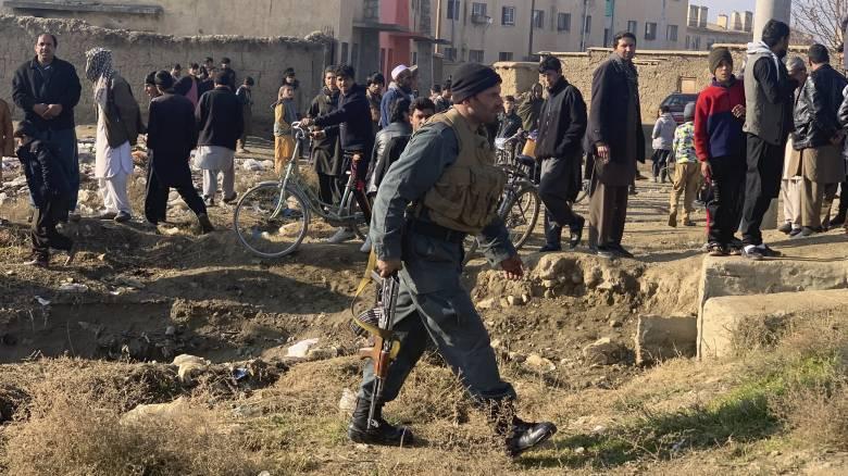 Αφγανιστάν: Επίθεση βομβιστή - καμικάζι και ενόπλων σε νατοϊκή βάση
