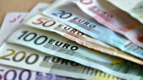 Νέες αποδοχές για συνταξιούχους και δημόσιους υπαλλήλους – Πότε αναμένονται