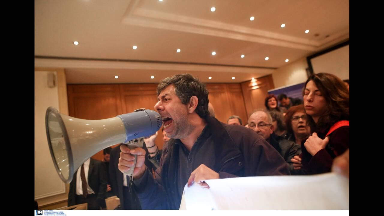 https://cdn.cnngreece.gr/media/news/2019/12/11/200279/photos/snapshot/2784567.jpg