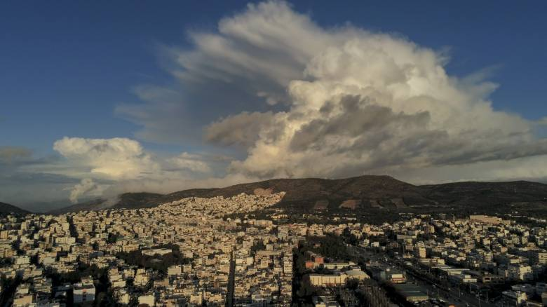 Κακοκαιρία «Διδώ»: Πώς θα εξελιχθεί σήμερα - Νέο κύμα ισχυρών βροχών από το απόγευμα