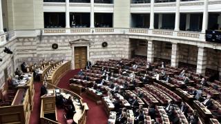 Live η συζήτηση για την ψήφο των αποδήμων στη Βουλή