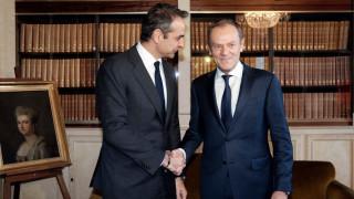 Τουσκ σε Μητσοτάκη: Παράνομη και προκλητική η συμφωνία Τουρκίας-Λιβύης