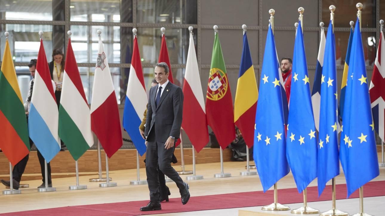 Ο Μητσοτάκης ζητάει από την ΕΕ κυρώσεις για την Τουρκία