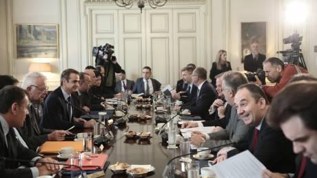 Για σύγκρουση συμφερόντων θα ελεγχθούν υπουργοί, γενικοί γραμματείς και επικεφαλής Αρχών