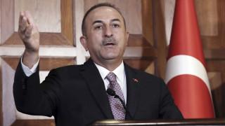 Τσαβούσογλου: Πολιτικό σόου η αναγνώριση της γενοκτονίας των Αρμενίων
