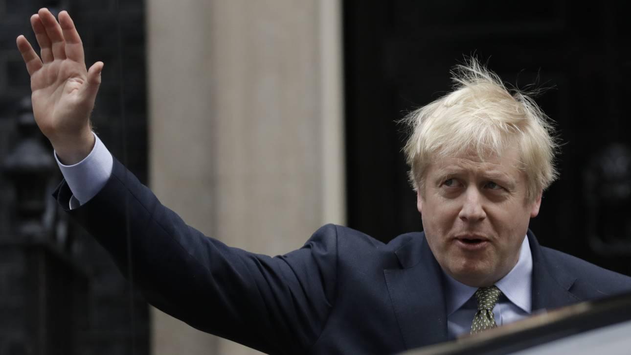 Μεγάλη Βρετανία: Μια νίκη της Δεξιάς που φέρνει σε αμηχανία τη… Δεξιά