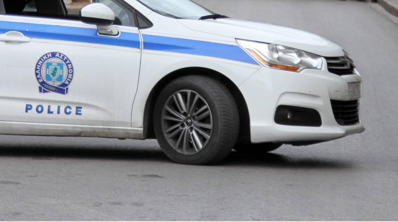 Ξάνθη: Άγρια καταδίωξη διακινητών - Κρύφτηκαν σε πάρκινγκ σούπερ μάρκετ