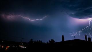 Κακοκαιρία: Ο «Ετεοκλής» φέρνει βροχές και θυελλώδεις νοτιάδες