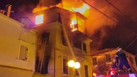 Μεγάλη φωτιά σε μονοκατοικία στην Κέρκυρα