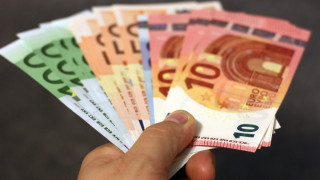 Κοινωνικό μέρισμα: Όσα πρέπει να γνωρίζετε για την έκτακτη ενίσχυση των 700 ευρώ