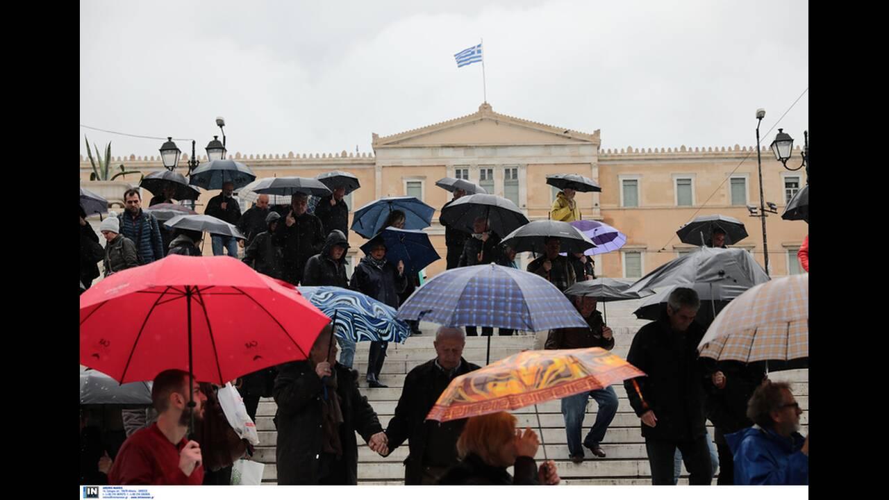 https://cdn.cnngreece.gr/media/news/2019/12/14/200722/photos/snapshot/2787923.jpg