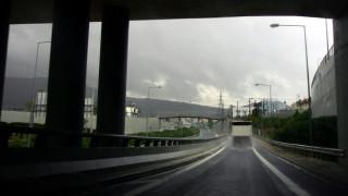 16χρονος έπεσε από γέφυρα στην Αττική Οδό