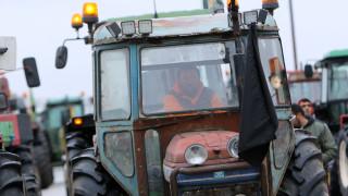 Μπλόκα αγροτών: Πότε ετοιμάζουν να βγάλουν τα τρακτέρ στους δρόμους
