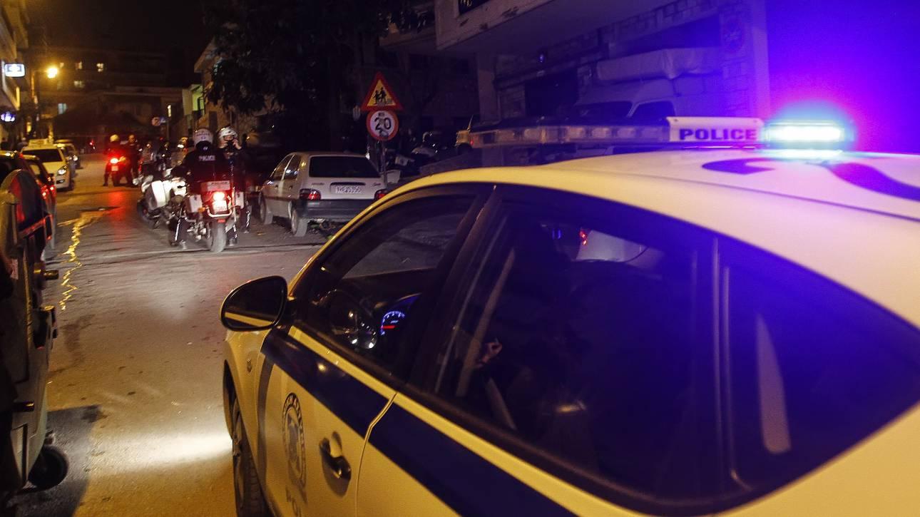 Έκρηξη τα ξημερώματα έξω από κτήριο στο Περιστέρι