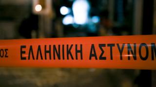 Θεσσαλονίκη: Επεισοδιακή καταδίωξη τα ξημερώματα - Τζιπ «καρφώθηκε» σε μπουγατσοπωλείο
