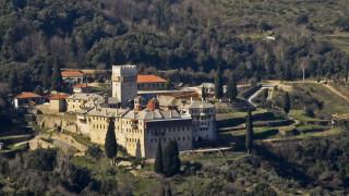 Άγιο Όρος: Μυστήριο με οστά γυναίκας κάτω από βυζαντινό ναό