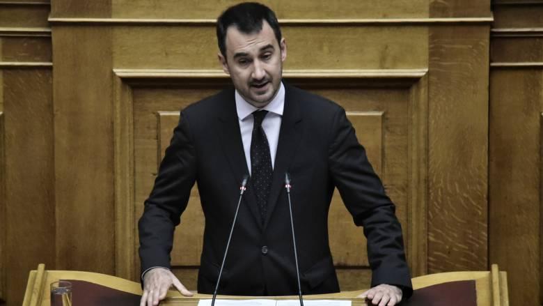 Χαρίτσης: Ο προϋπολογισμός περιλαμβάνει μέτρα που η κυβέρνηση προσπαθεί να αποκρύψει