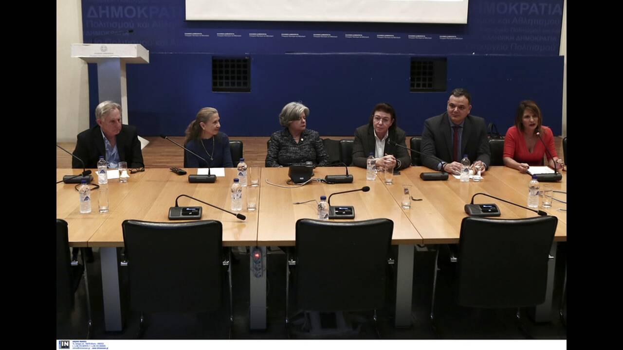 https://cdn.cnngreece.gr/media/news/2019/12/17/201063/photos/snapshot/2792238.jpg