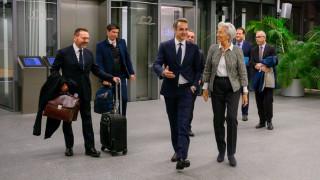 Χαλαρώνει η Λαγκάρντ τους περιορισμούς για αγορές ομολόγων από τις ελληνικές τράπεζες