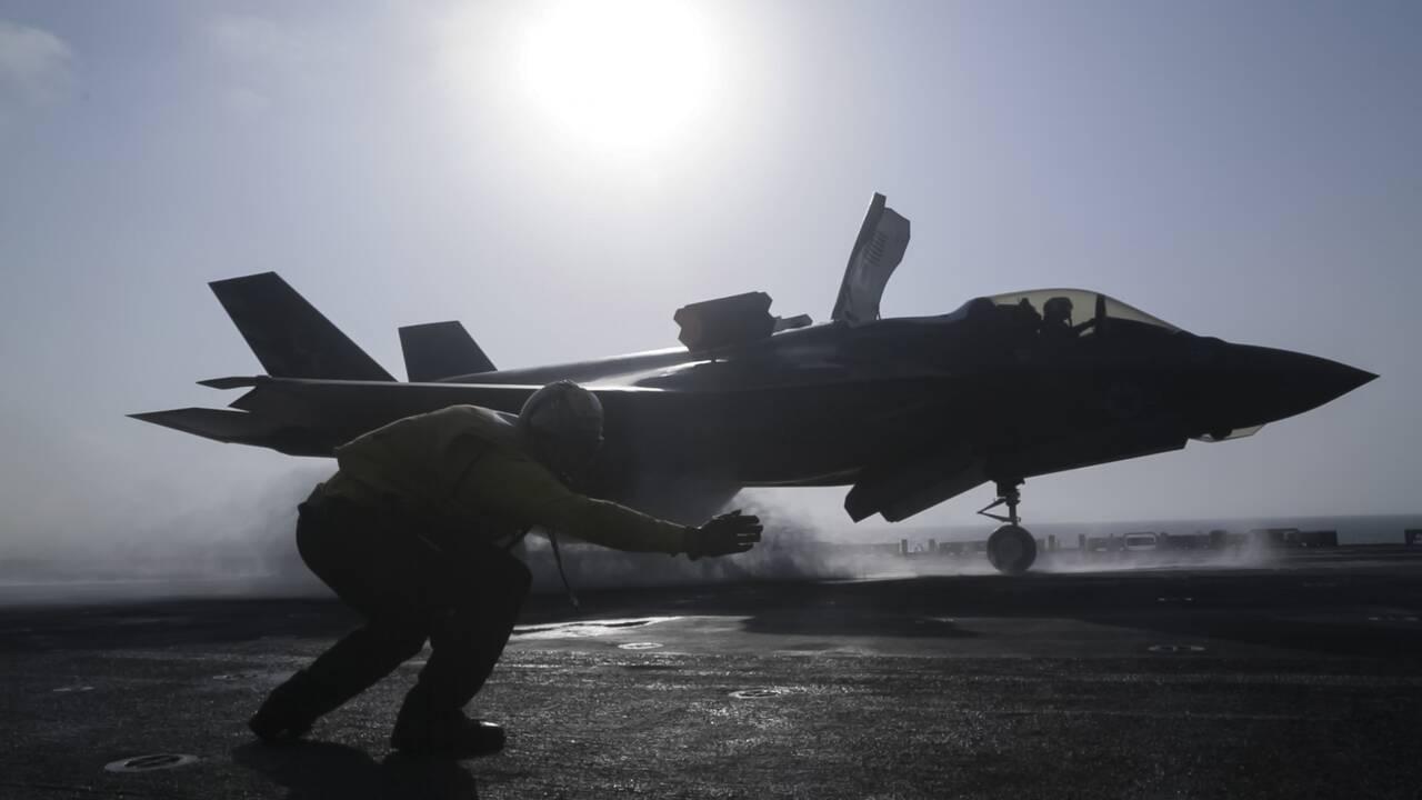 https://cdn.cnngreece.gr/media/news/2019/12/18/201115/photos/snapshot/AP_18282640819222.jpg