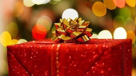 1+1+1: Μία αγορά και δύο τεχνολογικά δώρα για αυτά τα Χριστούγεννα