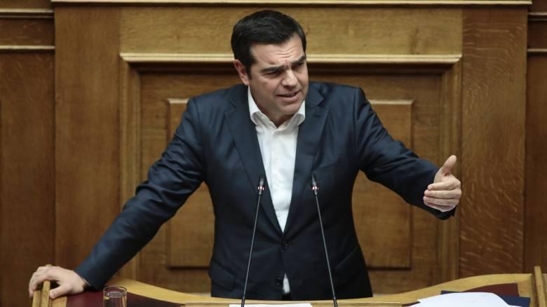 Προϋπολογισμός – Τι θα πει ο Τσίπρας στη Βουλή: Ο Μητσοτάκης εξαπάτησε μεσαία τάξη και φτωχούς