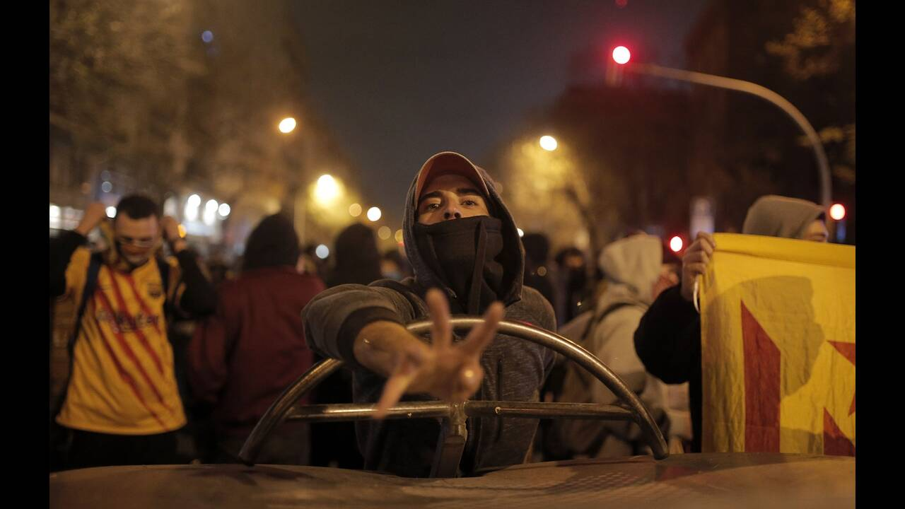 https://cdn.cnngreece.gr/media/news/2019/12/19/201274/photos/snapshot/9.jpg