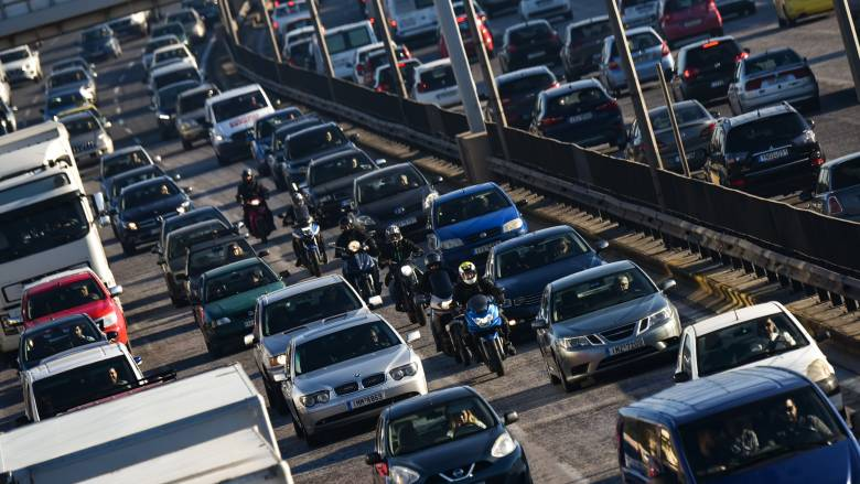 Αυξημένη η κίνηση στην Αθήνα - Ποιους δρόμους να αποφύγετε