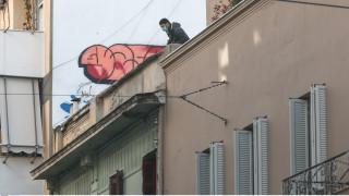 Καλλιτέχνες στηρίζουν τον Δημήτρη Ινδαρέ