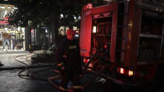Φωτιά σε διαμέρισμα στη Θεσσαλονίκη - Απεγκλωβίστηκαν πέντε άτομα