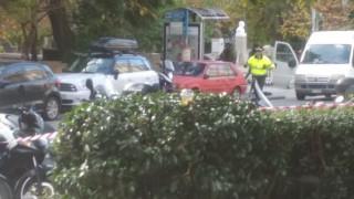 Βίντεο: Η στιγμή της ελεγχόμενης έκρηξης στην πλατεία Κολωνακίου