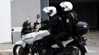 Καταδίωξη με τραυματία και συλλήψεις στο Κορωπί