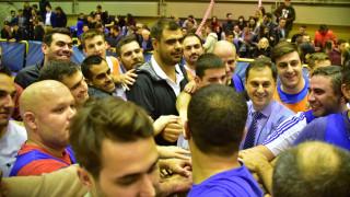Φιλανθρωπικός αγώνας μπάσκετ της ΟΝΝΕΔ με βουλευτές και στελέχη της ΝΔ για την Κιβωτό του Κόσμου