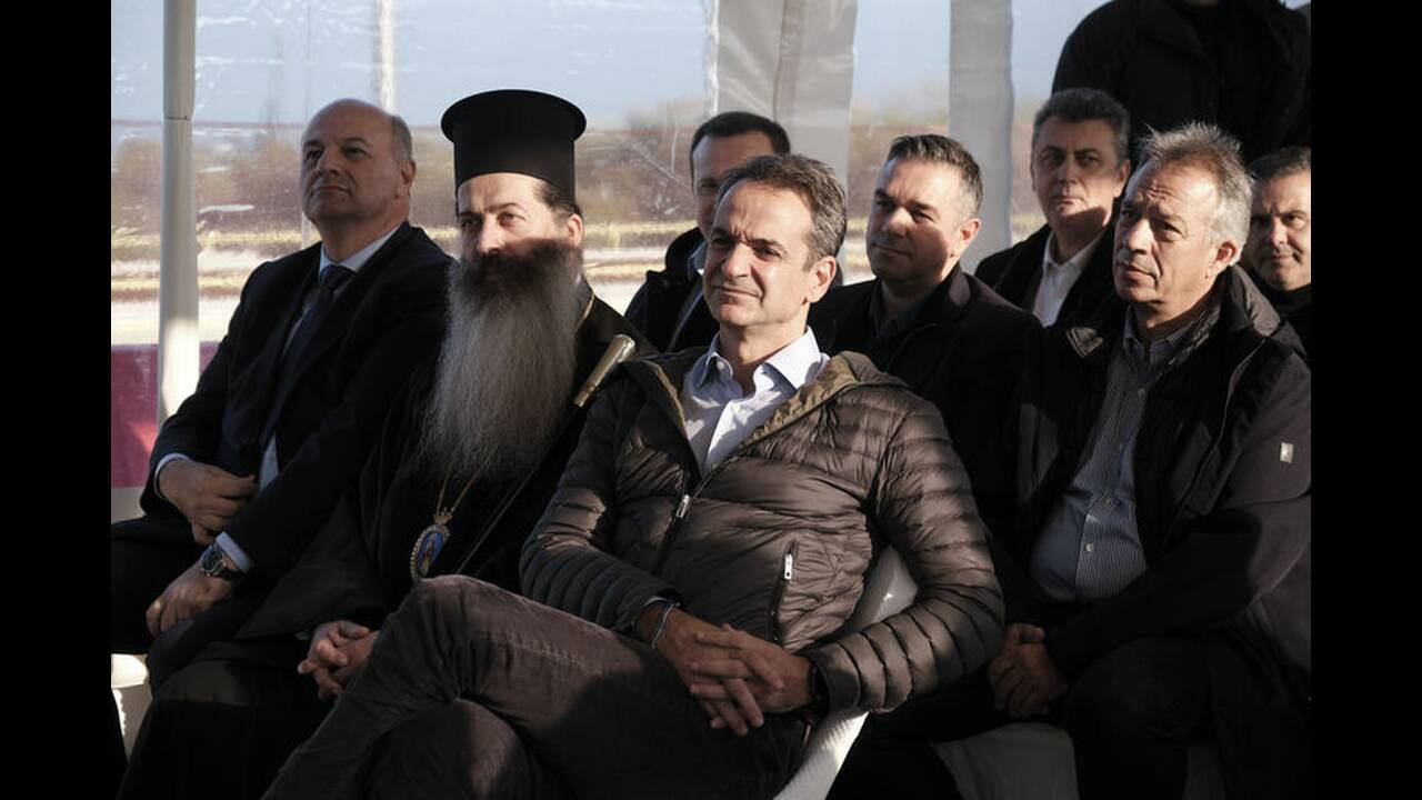 https://cdn.cnngreece.gr/media/news/2019/12/20/201472/photos/snapshot/2796680.jpg