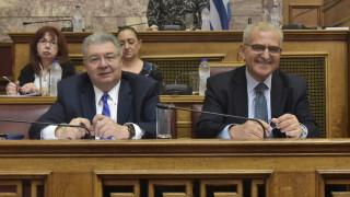 Όλα για το πτυχίο: Συνεχής κόντρα κυβέρνησης-ΣΥΡΙΖΑ για τον Διαματάρη
