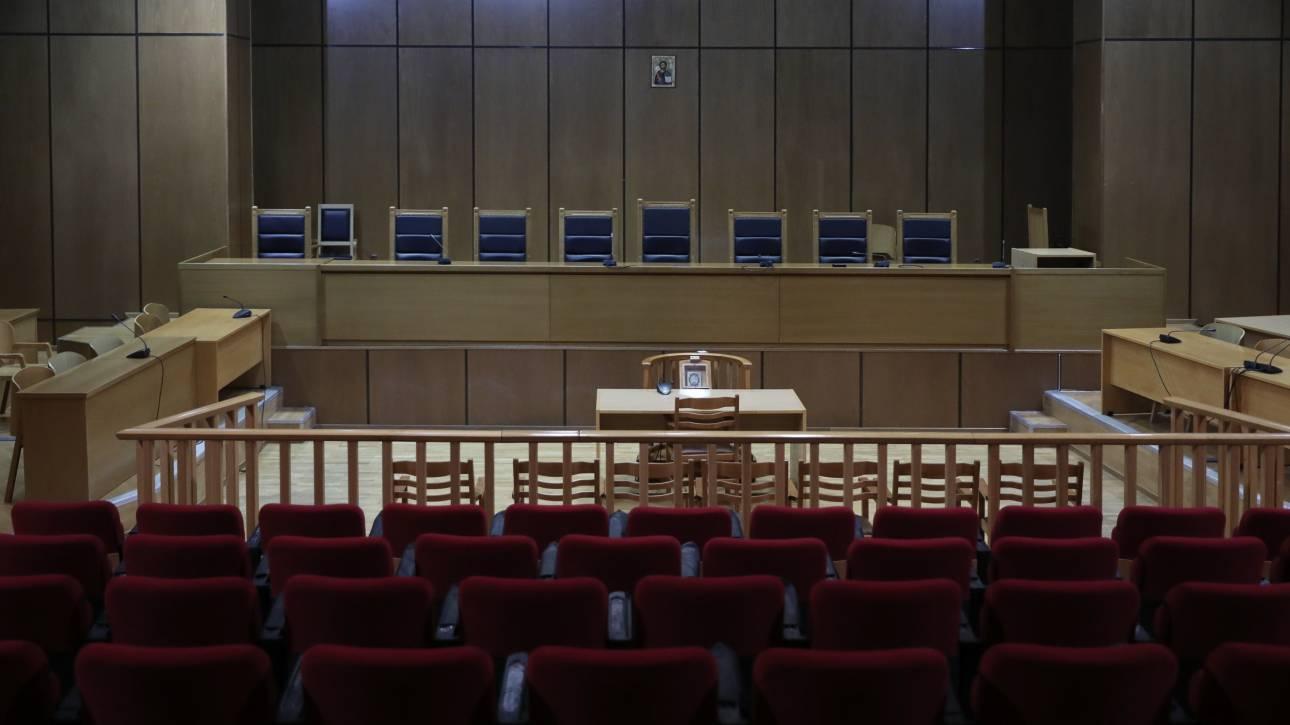 Δίκη Χρυσής Αυγής: Παρέμβαση της Ένωσης Εισαγγελέων για την εισαγγελική πρόταση