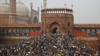 Βίαιες διαδηλώσεις στην Ινδία: Πέντε νεκροί – Ανάμεσά τους ένας 8χρονος