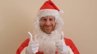 Ο πρίγκιπας Χάρι ντύθηκε Άγιος Βασίλης και ευχήθηκε σε ορφανά παιδιά