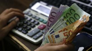 ΟΠΕΚΑ: Ποιοι θα πληρωθούν πριν τα Χριστούγεννα